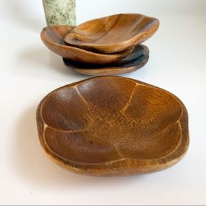 Set of 4 small wooden serving bowls